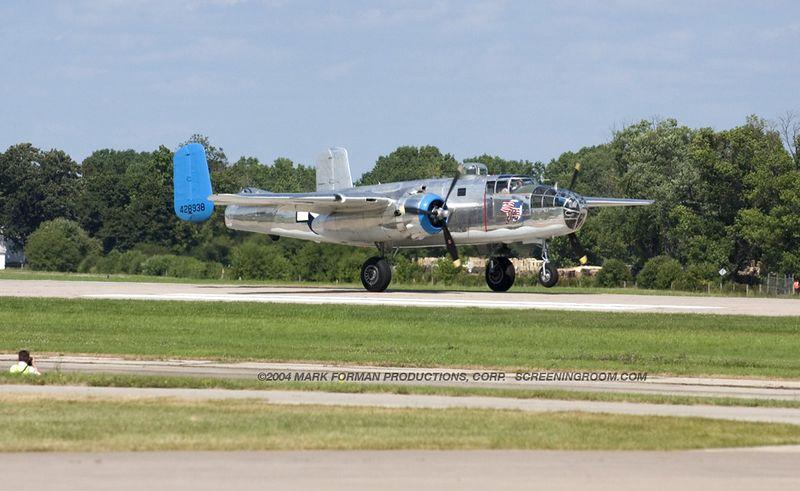 B-25J_OldGlory_TO©_6838