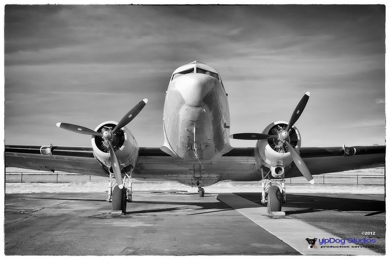 IMAGE: http://yipdog.smugmug.com/Airplanes/Aircraft/i-666LsKr/0/L/C-47-L.jpg