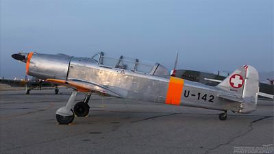 U-142 (N5214M). Pilatus P-2-05. Swiss Air Force. Chino. 020515.