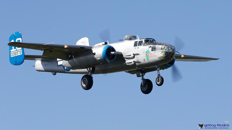 IMAGE: http://yipdog.smugmug.com/Airplanes/Aircraft/i-92Cdwbr/0/L/1DX_1785-L.jpg