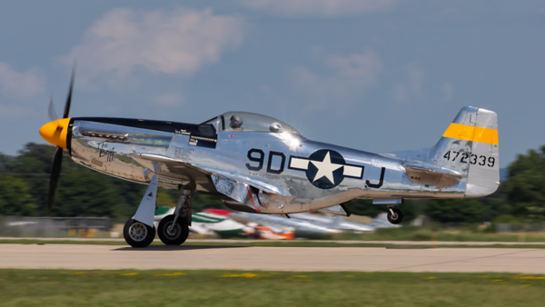 472339 (NL51JC). North American P-51D Mustang. USAAF. Oshkosh. 210719.