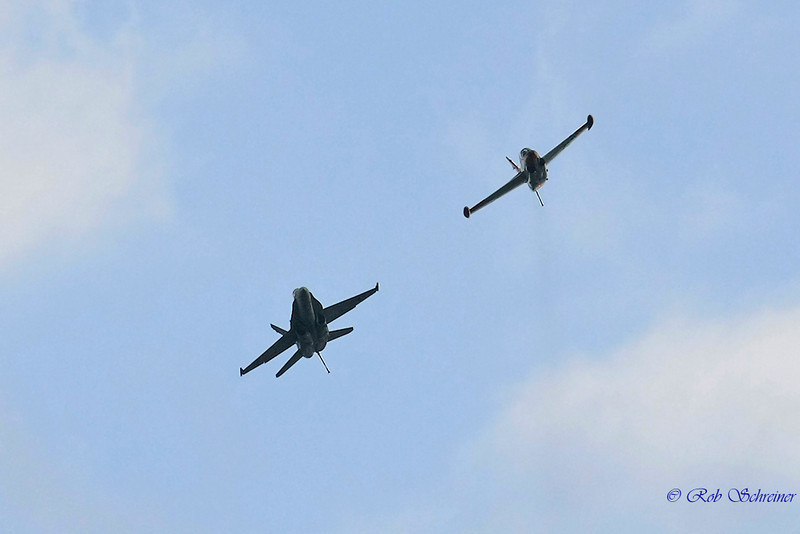 The F18 and T2 make a lap around.