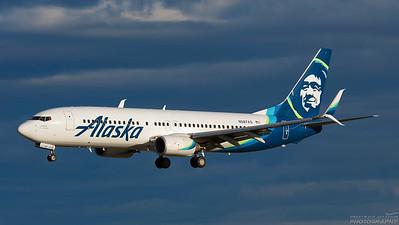 N587AS. Boeing 737-890. Alaska Airlines. Anchorage. 110617.