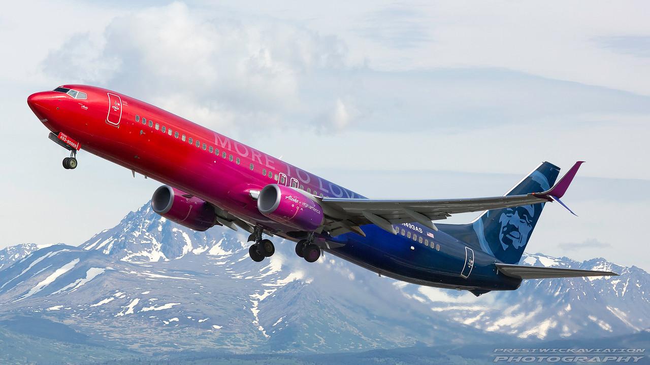 N493AS. Boeing 737-990ER (WL). Alaska Airlines. Anchorage. 100617.