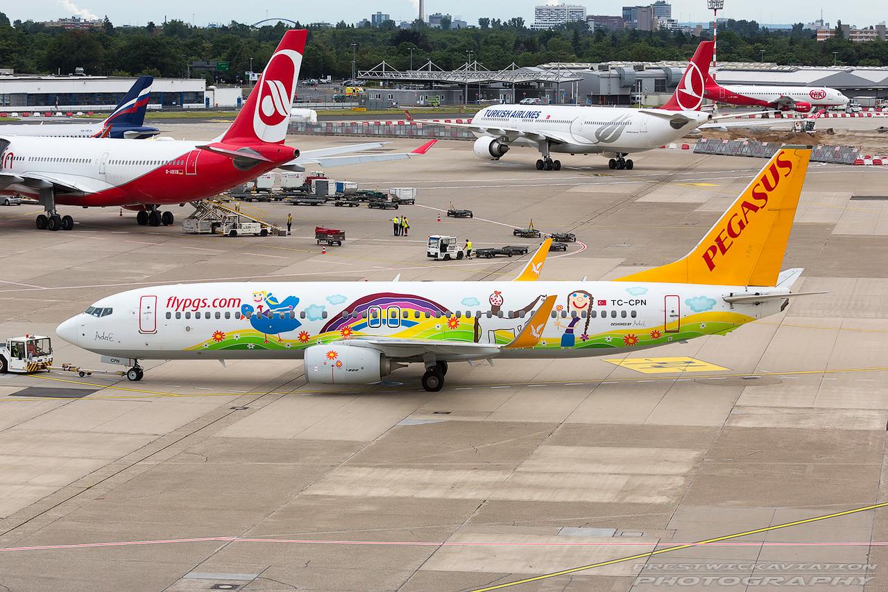 TC-CPN. Boeing 737-82R. Pegasus Airlines. Dusseldorf. 290617.