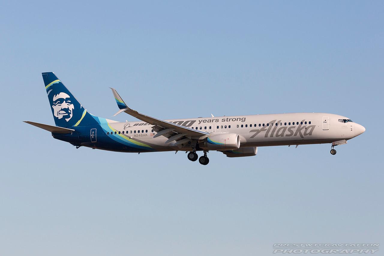 N248AK. Boeing 737-990(ER). Alaska Airlines. Los Angeles. 170617.