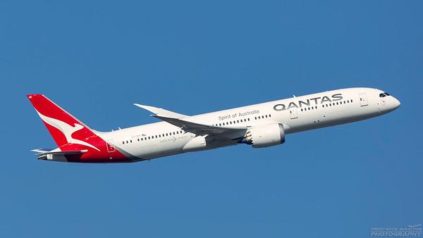 VH-ZNE. Boeing 787-9 Dreamliner. Qantas. Heathrow. 101018.