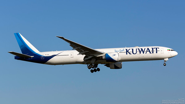 9K-AOE. Boeing 777-369(ER). Kuwait Airways. Heathrow. 101018.