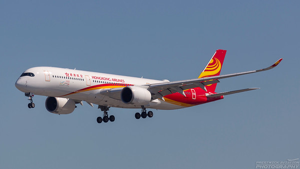 B-LGA. Airbus A350-941 Hong Kong Airlines. Los Angeles. 170918.