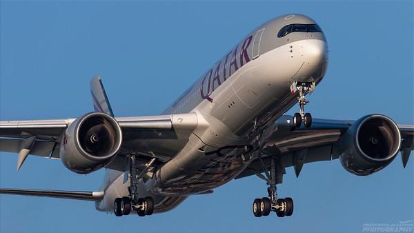 A7-AMF. Airbus A350-941. Qatar Airways. Heathrow. 101018.