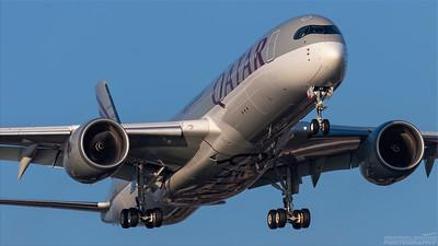A7-AMF. Airbus A350-941. Qatar Airways. Heathrow. 101018.