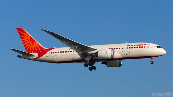 VT-ANS. Boeing 787-8 Dreamliner. Air India. Heathrow. 101018.