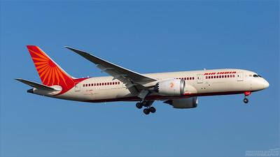 VT-ANS. Boeing 787-8 Dreamliner. Air India. Heathrow. 101018.