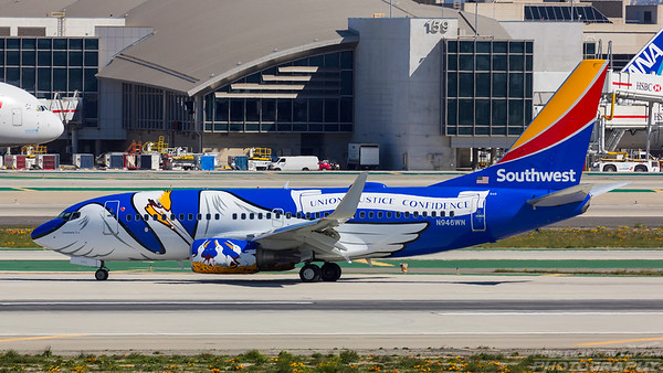 N946WN. Boeing 737-7H4. Southwest. Los Angeles. 270318.
