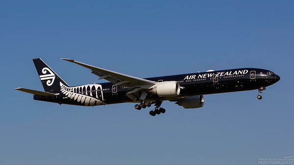 ZK-OKQ. Boeing 777-319/ER. Air New Zealand. Heathrow. 101018.