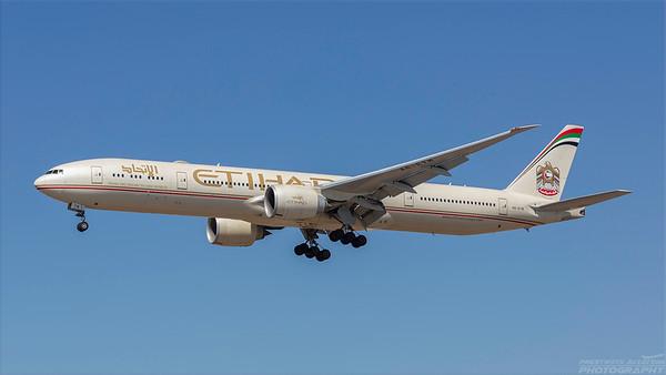 A6-ETM. Boeing 777-3FX(ER). Etihad. Los Angeles. 220918.