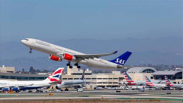 LN-RKR. Airbus A330-343. Scandinavian. Los Angeles. 230918.
