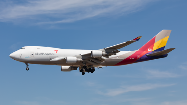 HL7616. Boeing 747-446F(SCD). Asiana Cargo. Los Angeles. 140919.