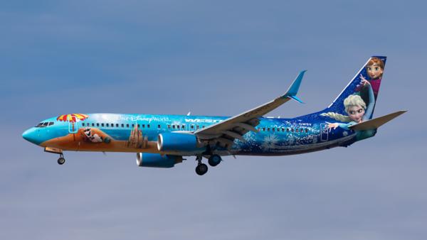 C-GWSV. Boeing 737-8CT. Westjet. Toronto. 250919.