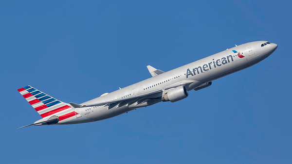 N270AY. Airbus A330-323. American Airlines. Heathrow. 240219.