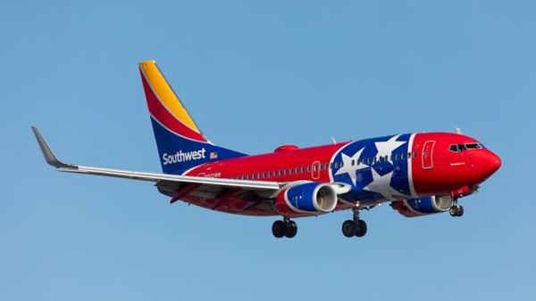 N922WN. Boeing 737-7H4. Southwest. Los Angeles. 170519.