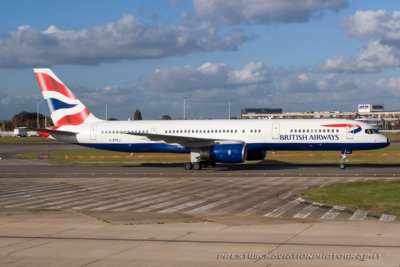 G-BPEJ. Boeing 757-236. British Airways. Heathrow. 291007.