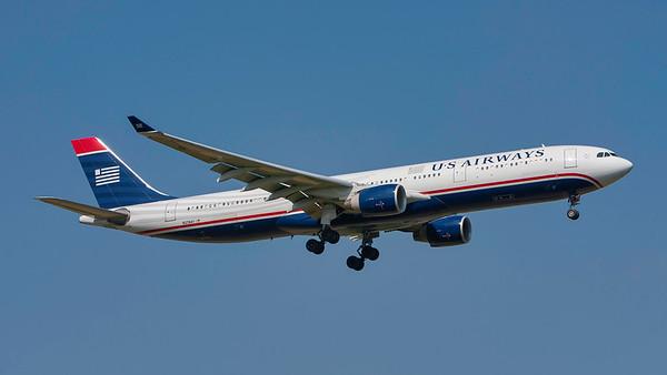N278AY. Airbus A330-323. US Airways. Heathrow. 300808.