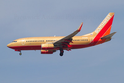 N742SW. Boeing 737-7H4. Southwest. Los Angeles. 240906.