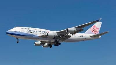 B-18212. Boeing 747-409. China Airlines. Los Angeles. 200909.
