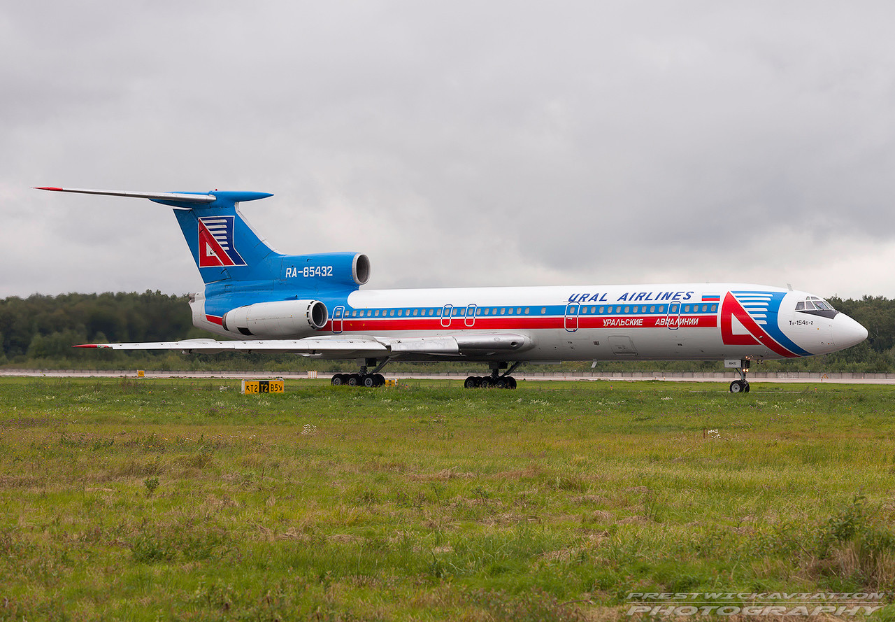 RA-85432. Tupolev Tu-154B2. Ural Airlines.  Domodedovo. 210809.