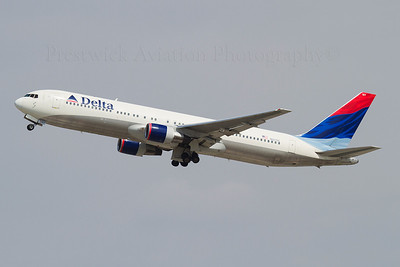 N127DL. Boeing 767-332. Delta. Los Angeles. 220910.