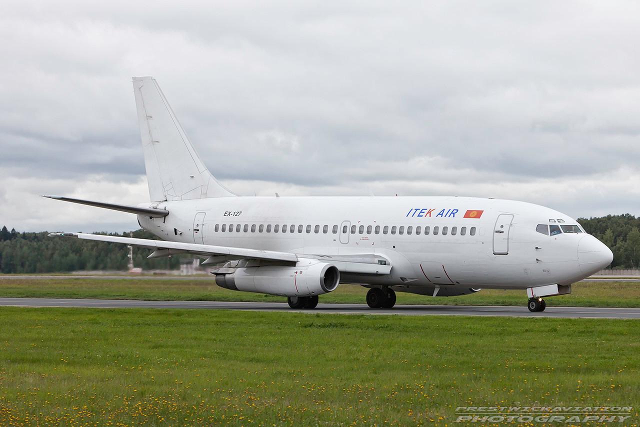 EX-127. Boeing 737-268(A). Itek Air. Domodedovo. 200809.