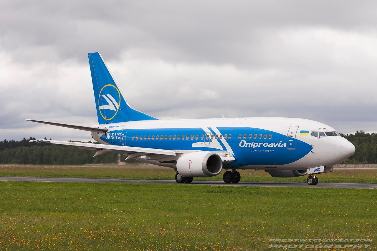 UR-DNC. Boeing 737-5L9. Dniproavia. Domodedovo. 200809.