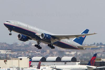 N206UA. Boeing 777-222/ER. United Airlines. Los Angeles. 220910.