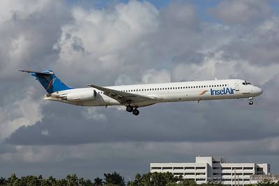 P4-MDH. McDonnell Douglas MD-83. Insel Air. Miami. 281116.