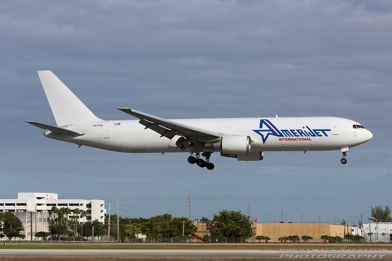 N373CM. Boeing 767-338(F). AmeriJet International. Miami. 261116.