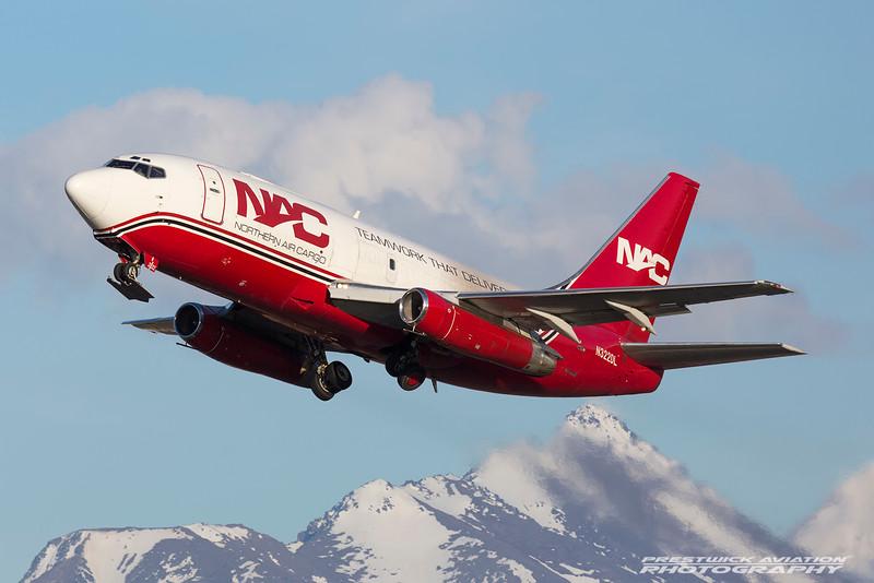 N322DL. Boeing 737-232(Adv)(SF). Northern Air Cargo. Anchorage. 070516.
