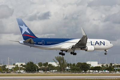 CC-CXE. Boeing 767-316/ER. LAN. Miami. 281116.