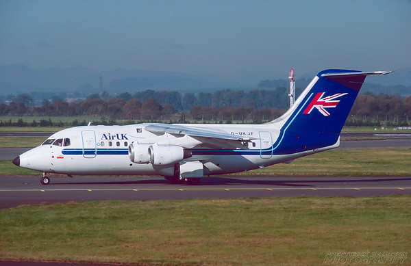 G-UKJF. Bae 146-200. Air UK. Glasgow. October. 1997.