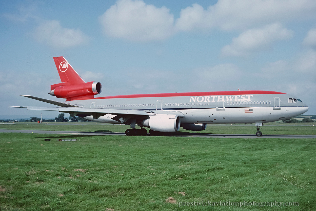 N141US. McDonnell Douglas DC-10-40. Northwest. Glasgow. August 1991.