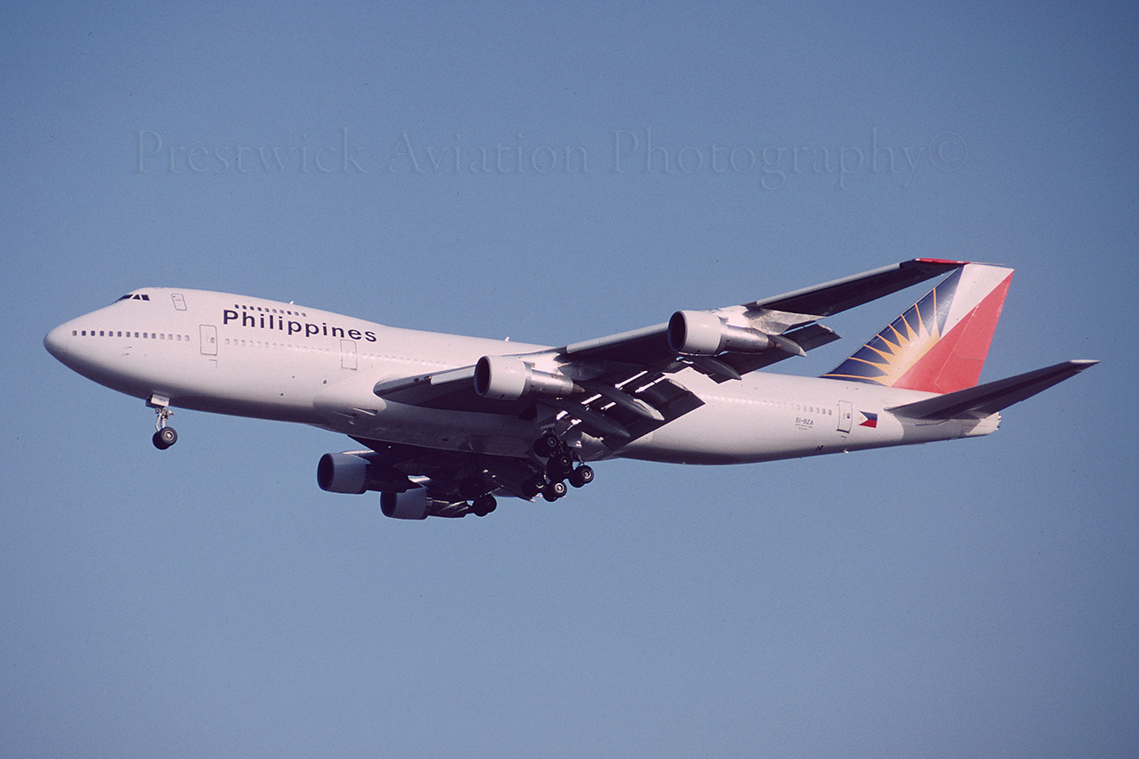 EI-BZA. Boeing 747-283B. Philippines. Gatwick. August 1992.
