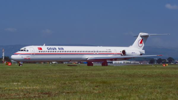 TC-ONR. McDonnell Douglas MD-88. Onur Air. Glasgow. May. 1999.