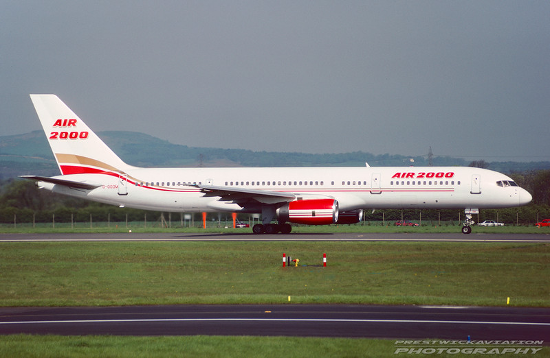 G-OOOM. Boeing 757-225. Air 2000. Glasgow. May. 1992.