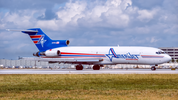 N797AJ. Boeing 727-2X3/Adv. Amerijet. Miami. December. 2000.
