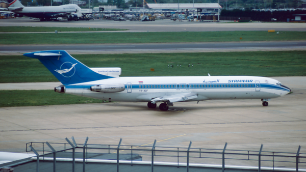 YK-AGF. Boeing 727-269/Adv. Syrianair. Heathrow. April. 1998.