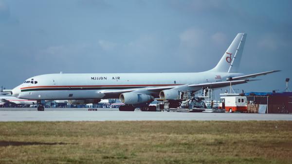 N43UA. Douglas DC-8-54AF Jet Trader Millon Air. Miami. June. 1993.