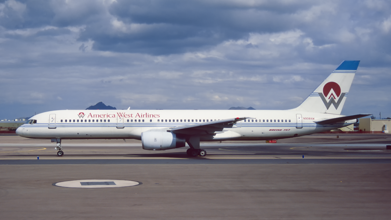 N908AW. Boeing 757-2G7. America West Airlines. Phoenix. February. 1996.