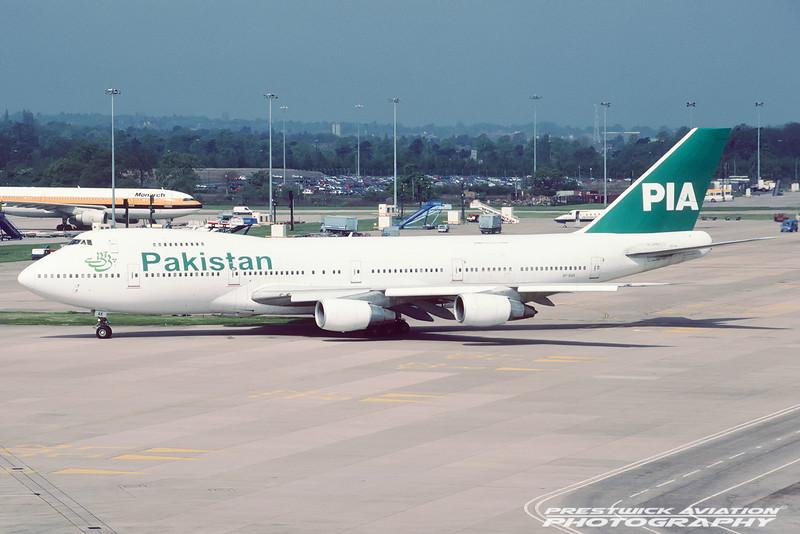 AP-BAK. Boeing 747-240BM. PIA. Manchester. May. 2000.