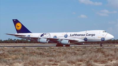 D-ABZF. Boeing 747-230F/SCD.  Lufthansa Cargo. Sharjah. December. 1998.