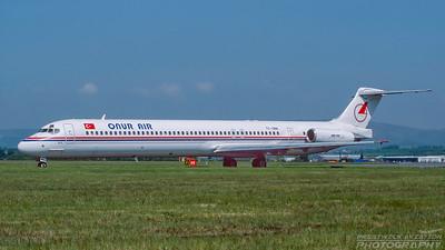 TC-ONN. McDonnell Douglas MD-88. Onur Air. Glasgow. May. 1999.